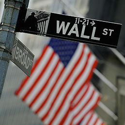 wall-street-flag-afp-258