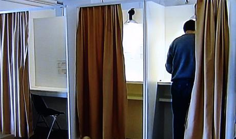 elezioni-cabina-elettorale