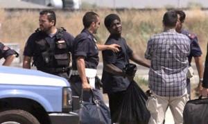 Immigrati-clandestini-polizia