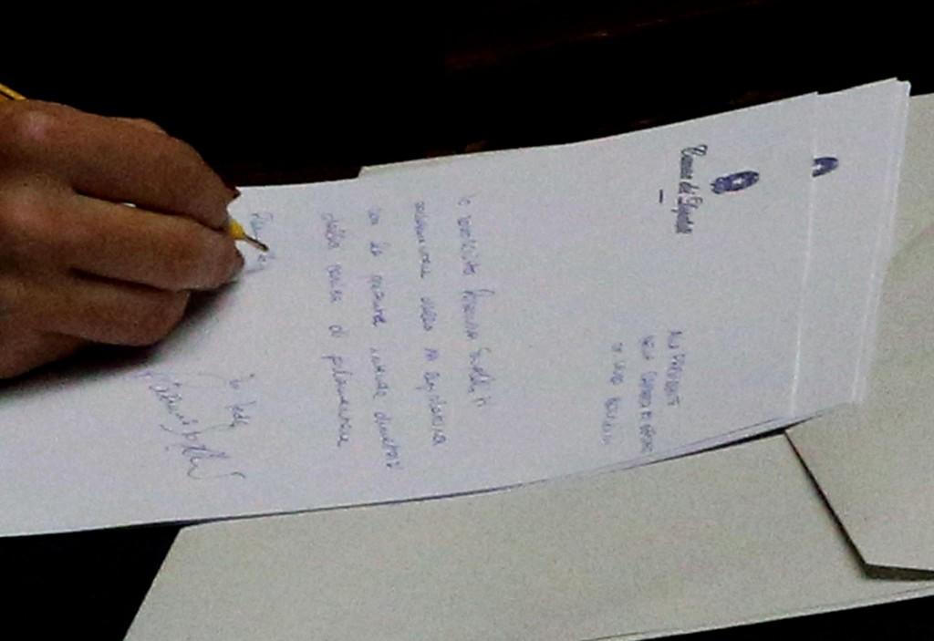 Le dimissioni dei parlamentari del pdl praticamente for Parlamentari pdl