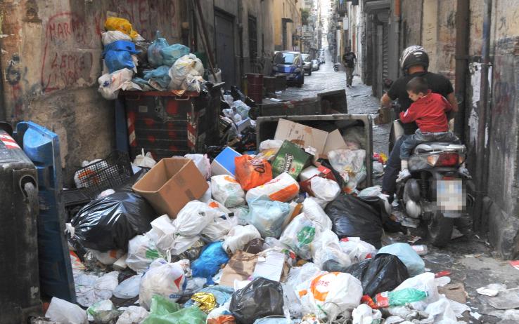 rifiuti2_rifiuti_napoli_settembre_2010