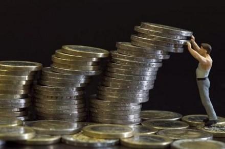 riforma-pensioni-poletti-contro-padoan-no-alzare-et