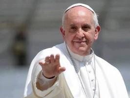 papa-francesco-estende-mano