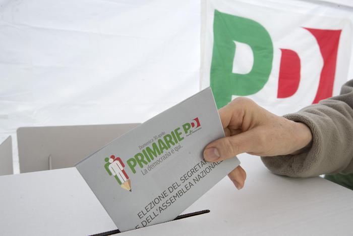 Il seggio del PD in viale Mazzini a Roma per le Primarie del Partito Democratico, 30 aprile 2017. ANSA/CLAUDIO PERI