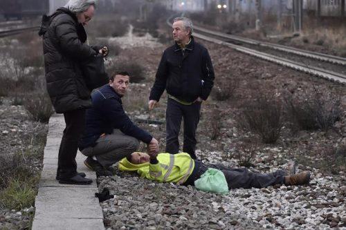 Un treno delle ferrovie Trenord è deragliato tra Pioltello e Segrate, alle porte di Milano, 25 gennaio 2018. Il convoglio era partito da Cremona e diretto sa Milano Piazza Garibaldi. Il 118 ha comunicato che il bilancio provvisorio è di due morti accertati, cinque feriti gravi e alcune decine di feriti lievi. ANSA / FLAVIO LOSCALZO